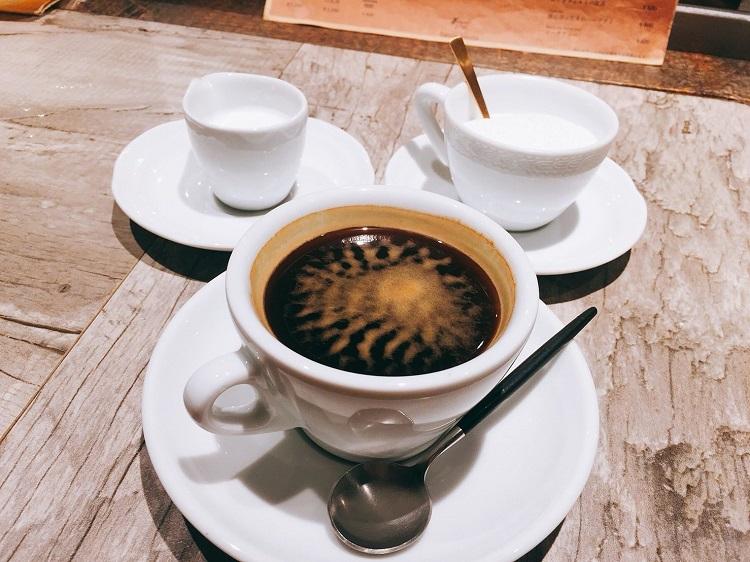 BRUCIA BRUCIA 食後のコーヒー