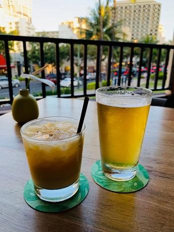 トミーバハマ ビールとカクテル
