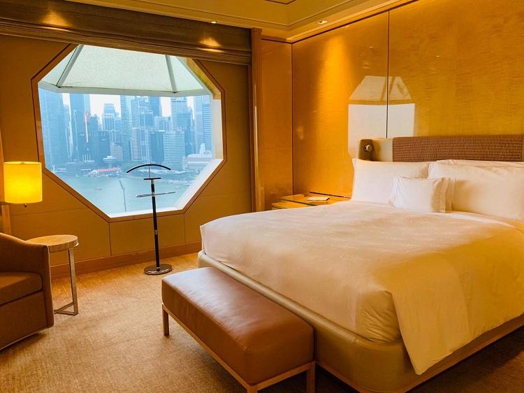 ザ・リッツ・カールトン・ミレニア・シンガポール デラックス・マリーナ 寝室