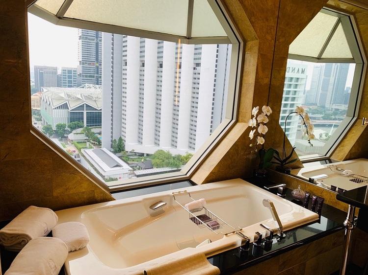 ザ・リッツ・カールトン・ミレニア・シンガポール 浴槽