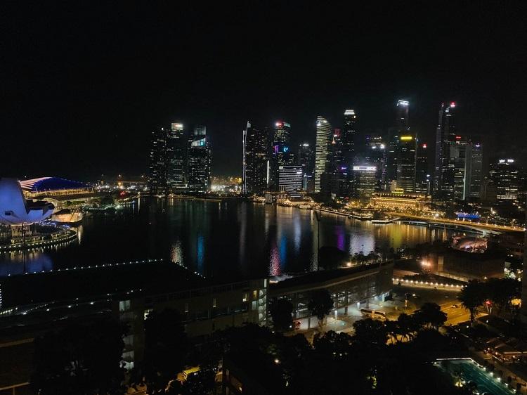 ザ・リッツ・カールトン・ミレニア・シンガポール 部屋からの眺め(夜)1