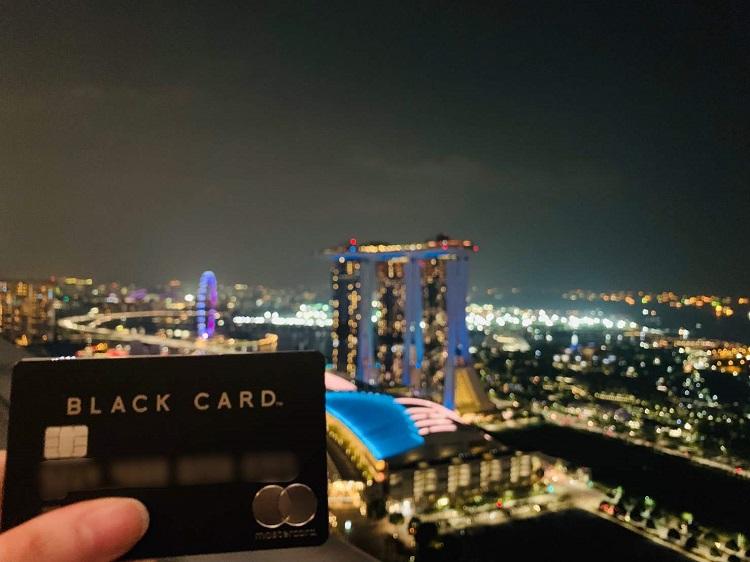 ラグジュアリカード Black Card シンガポール夜景