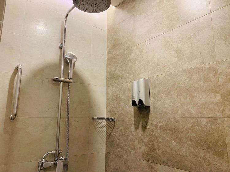 エレメントバイウェスティン・バリ・ウブド シャワールーム