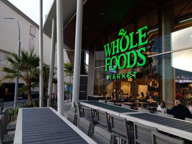 ホールフーズマーケット(Whole Foods Market) 外観