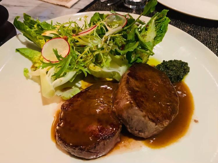 グロウ(GLOW) 夕食 牛フィレ肉