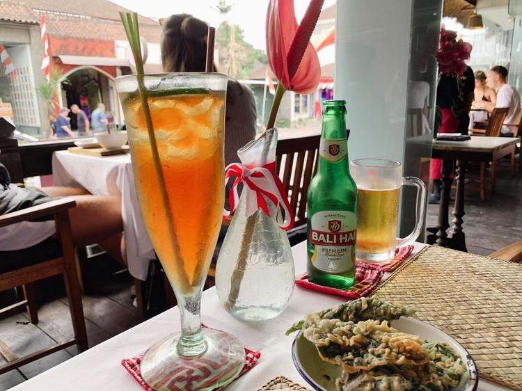 ウブド ノマド レモングラスのアイスティー&ビール