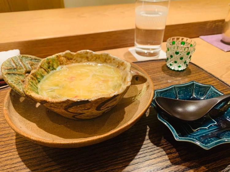 虎白 毛ガニとジュンサイと胡麻豆腐