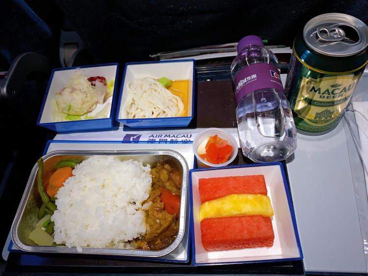 帰りの便の機内食