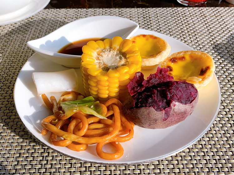 ヴィダ リカ レストラン 朝食 1日目のお皿2