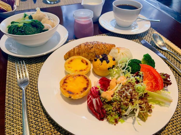 ヴィダ リカ レストラン 朝食 2日目のお皿