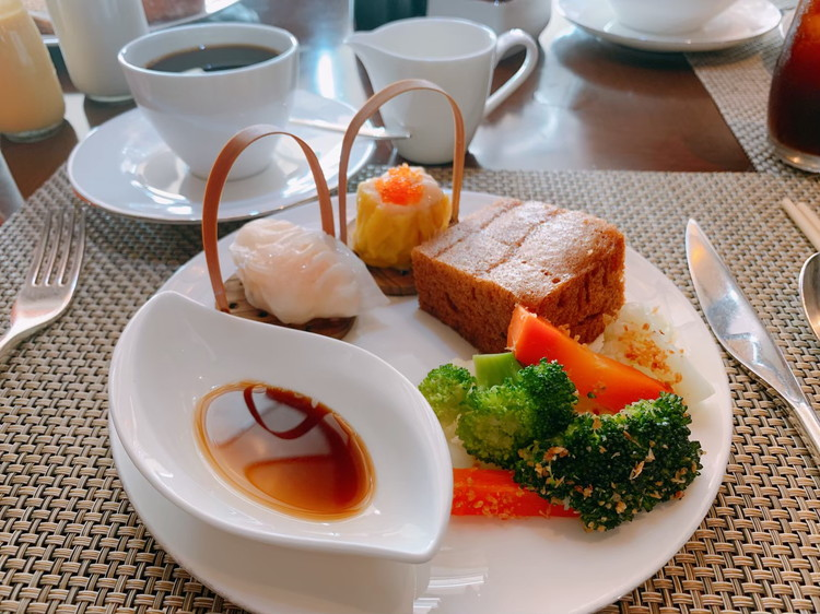 ヴィダ リカ レストラン 朝食 3日目のお皿1