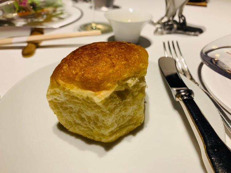 じゃがいも入りフォカッチャと古代小麦入りパン