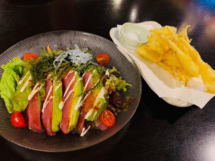 サラダと島らっきょうの天ぷら